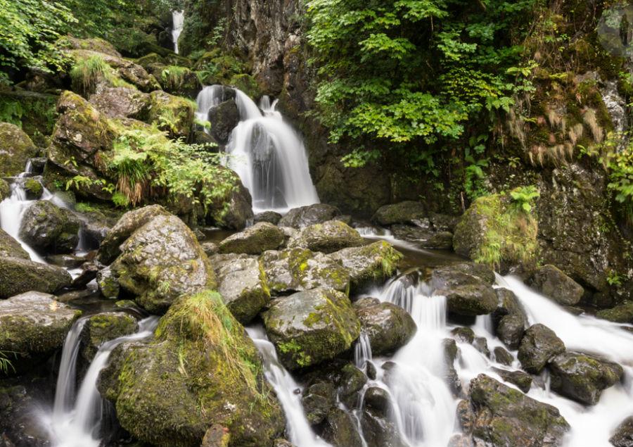 Водопад Lodore Falls.Лейк-Дистрикт.